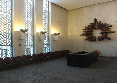 Зал прощания в крематории